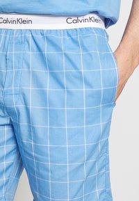Calvin Klein Underwear - SLEEP SHORT - Pyjamabroek - blue - 4