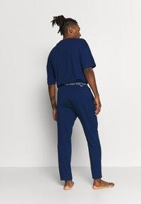 Calvin Klein Underwear - CK ONE SLEEP PANT - Pyjamabroek - blue - 2