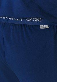 Calvin Klein Underwear - CK ONE SLEEP PANT - Pyjamabroek - blue - 3