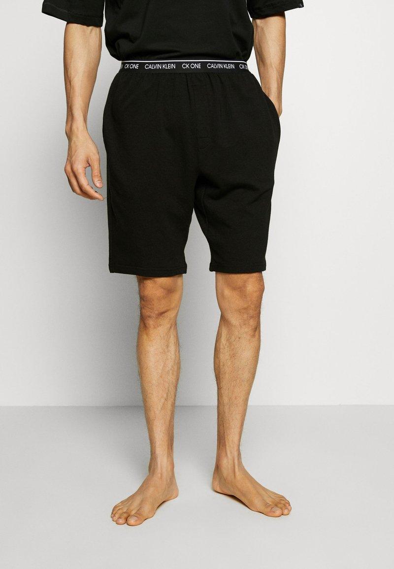 Calvin Klein Underwear - CK ONE SLEEP SHORT - Pyjama bottoms - black
