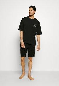 Calvin Klein Underwear - CK ONE SLEEP SHORT - Pyjama bottoms - black - 1