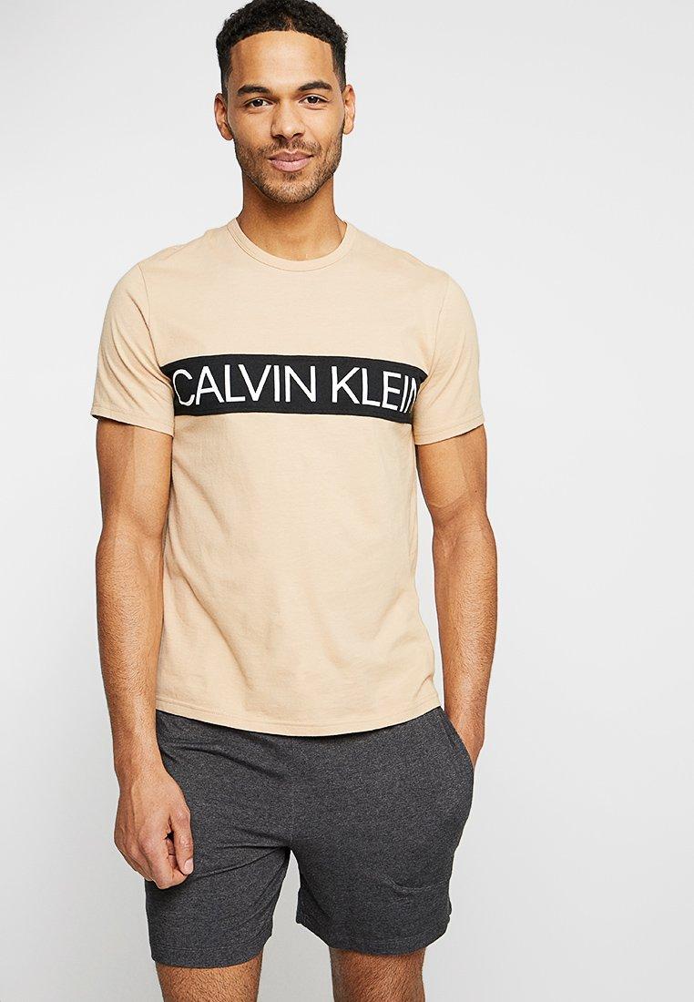 Calvin Klein Underwear - CREW NECK - Pyjamashirt - beige