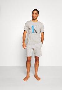 Calvin Klein Underwear - CREW NECK   - Pyjamashirt - grey - 1