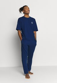 Calvin Klein Underwear - CK ONE CREW NECK - Camiseta de pijama - blue - 1