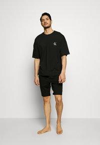 Calvin Klein Underwear - CK ONE CREW NECK - Pyjamashirt - black - 1