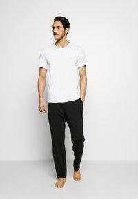 Calvin Klein Underwear - CK ONE CREW NECK 2 PACK - Hemd - white - 1