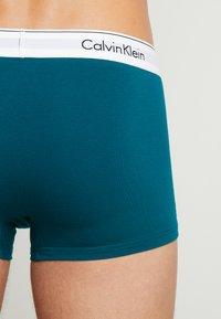 Calvin Klein Underwear - TRUNK 2 PACK - Culotte - dark green/dark red - 2