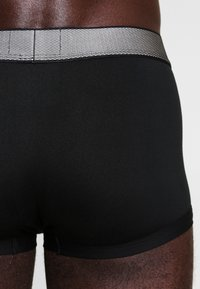Calvin Klein Underwear - LOW RISE TRUNK - Culotte - black