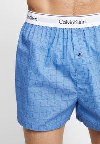 Calvin Klein Underwear - SLIM FIT 2 PACK - Bokserki - blue - 4