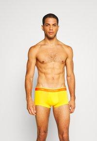 Calvin Klein Underwear - LOW RISE TRUNK 5 PACK - Culotte - pink - 2