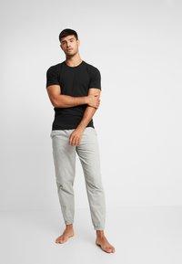 Calvin Klein Underwear - CREW NECK SLIM FIT 2PACK - Maglietta intima - black - 1