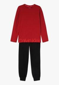 Calvin Klein Underwear - Pyžamová sada - red - 0