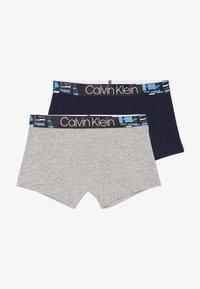 Calvin Klein Underwear - TRUNKS 2 PACK - Shorty - grey - 3