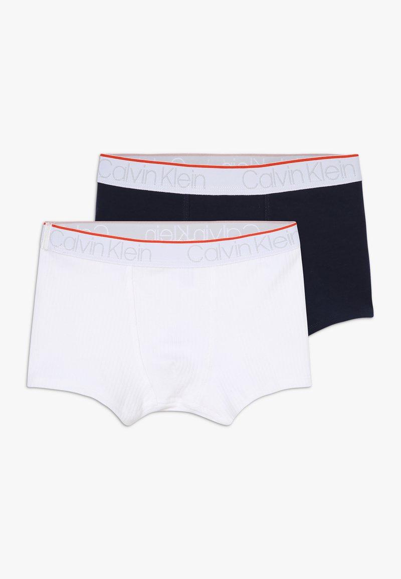 Calvin Klein Underwear - TRUNKS 2 PACK - Boxerky - white
