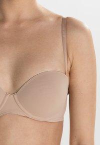 Calvin Klein Underwear - PERFECTLY FIT - Olkaimettomat/muut rintaliivit - sanddune - 5