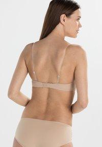 Calvin Klein Underwear - PERFECTLY FIT - Olkaimettomat/muut rintaliivit - sanddune - 7