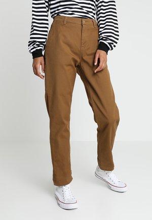 PIERCE PANT - Kalhoty - hamilton brown rinsed