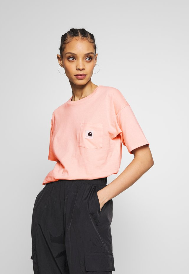 CARRIE POCKET - T-shirt basic - powdery/ash heather