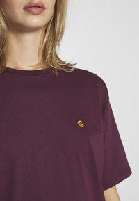 Carhartt WIP - CHASY - T-shirt basique - shiraz - 4