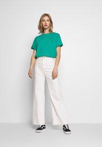 Carhartt WIP - CHASY - T-shirt basique - light green - 1