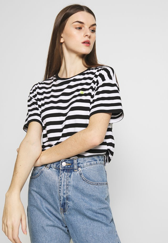 SCOTTY - T-shirt z nadrukiem - black/white