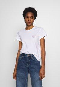 Carhartt WIP - TILDA HEART - T-shirts med print - white - 0