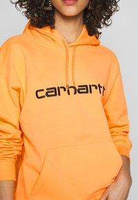 Carhartt WIP - HOODED - Sweat à capuche - pop orange/black - 5