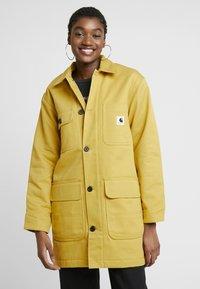Carhartt WIP - GREAT MENSON COAT - Mantel - dark yellow - 0