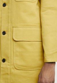Carhartt WIP - GREAT MENSON COAT - Mantel - dark yellow - 5