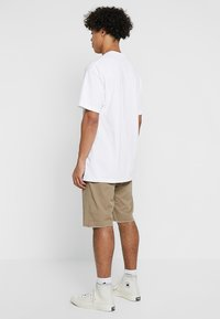 Carhartt WIP - SWELL WICHITA - Shorts - leather rinsed - 2