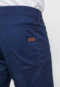 Carhartt WIP - SWELL WICHITA - Shorts - blue rinsed - 5