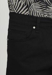 Carhartt WIP - SWELL WICHITA - Shorts - black rinsed - 3