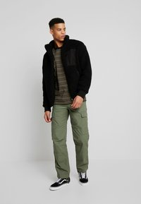 Carhartt WIP - REGULAR COLUMBIA - Cargo trousers - dollar green rinsed - 1