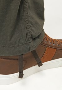 Carhartt WIP - AVIATION PANT COLUMBIA - Cargo trousers - cypress rinsed - 5