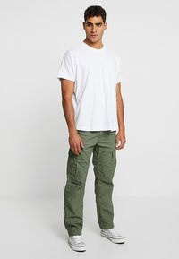 Carhartt WIP - AVIATION PANT COLUMBIA - Cargobyxor - dollar green rinsed - 1