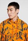 Carhartt WIP - MISSION COLUMBIA RIPSTOP - Shirt - orange rinsed