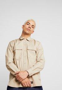 Carhartt WIP - LAXFORD SHIRT - Camisa - wall rinsed - 0