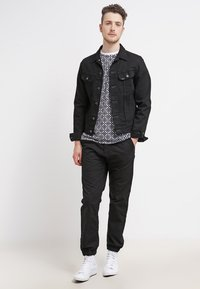 Carhartt WIP - MARSHALL COLUMBIA - Pantalon classique - black rinsed - 1