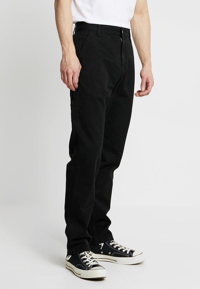 RUCK SINGLE KNEE PANT MILLINGTON - Spodnie materiałowe - black stone washed