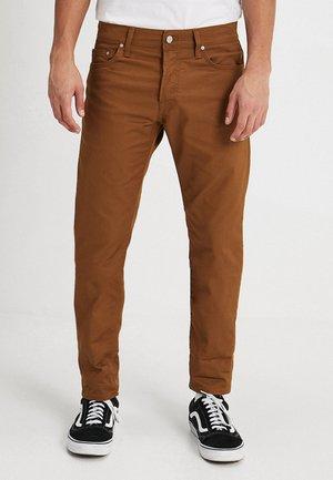 KLONDIKE PANT LAMAR - Spodnie materiałowe - hamilton brown rinsed