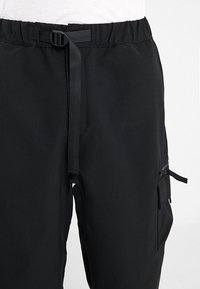 Carhartt WIP - ELMWOOD PANT MECHANICAL STRETCH - Reisitaskuhousut - black - 3