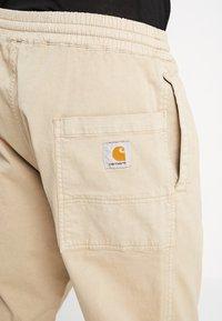 Carhartt WIP - LAWTON PANT VESTAL - Pantalones - wall - 3