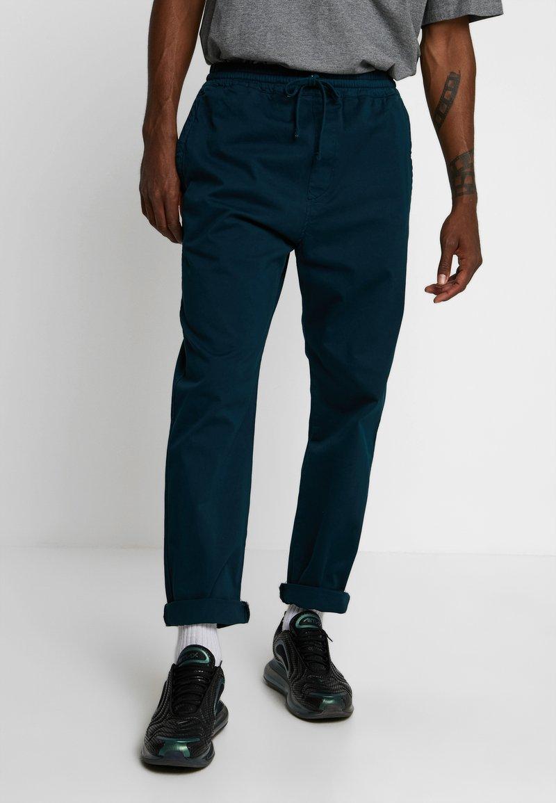 Carhartt WIP - LAWTON PANT VESTAL - Kalhoty - duck blue
