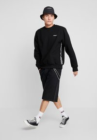 Carhartt WIP - SENNA  - Sweatshirt - black - 1