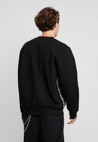 Carhartt WIP - SENNA  - Sweatshirt - black - 2