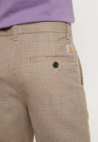 Carhartt WIP - MENSON PANT PASCOSTRETCH  - Tygbyxor - hamilton brown rigid - 3