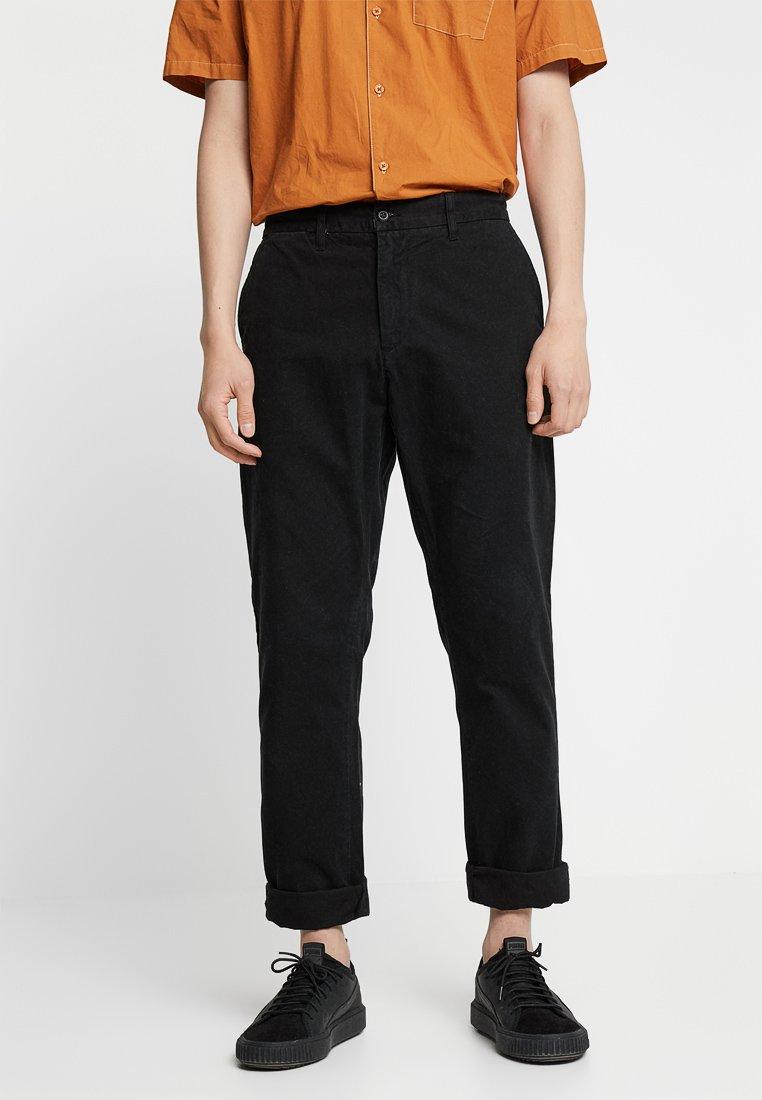 Carhartt WIP - JOHNSON PANT KINGSVILLE - Pantalones - black