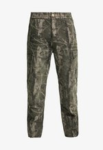 KEYTON PANT - Cargo trousers -  green aged