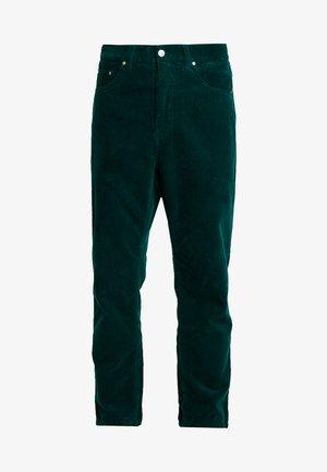 NEWEL PANT - Kalhoty - dark fir rinsed