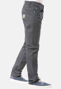 Carhartt WIP - CARHARTT WIP KLONDIKE JEANS - Straight leg jeans - black - 3